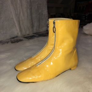 Yellow Banana Republic Chelsea Boots